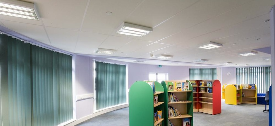 Ecophon Focus Ceiling system in a library