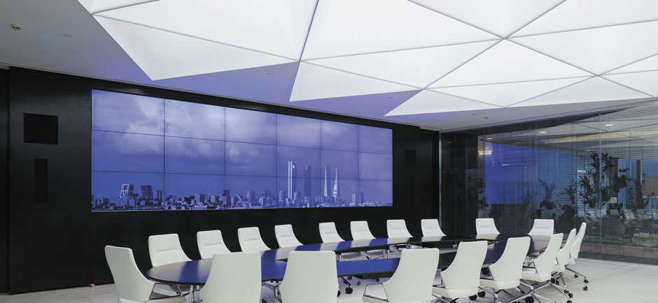 Acoustic ceiling in conferencing room