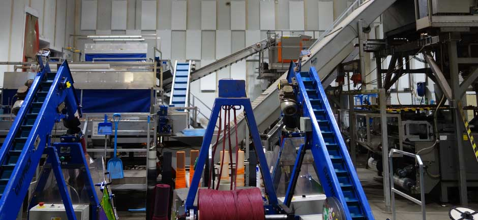Ecophon foodtec panels in vegetable factory to control industrial acoustics