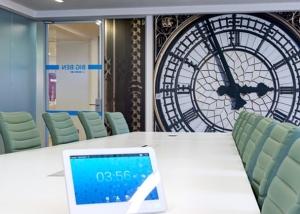 Linkedin meeting room with big ben print