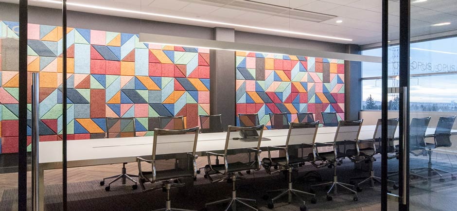 Acoustics in office boardroom
