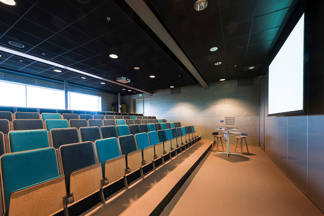ecophon acoustic panels in auditorium