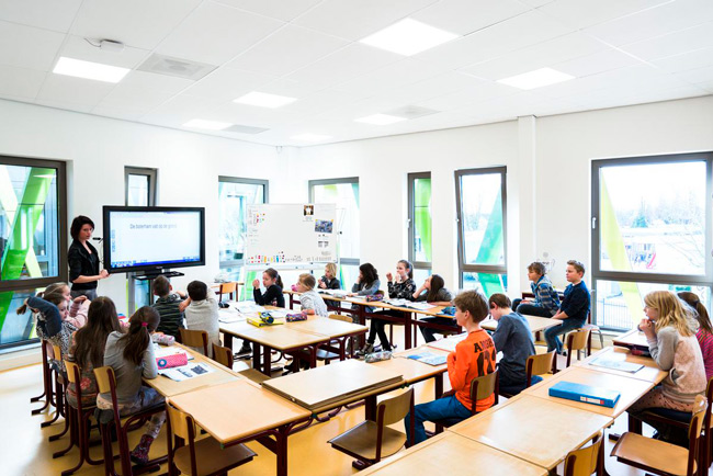 ecophon gedina panels in classroom